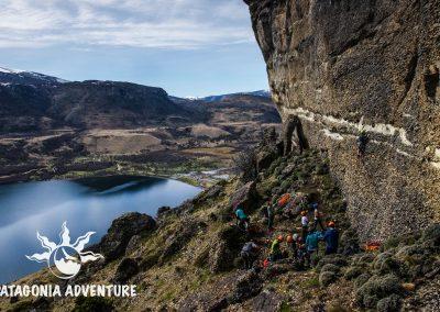 Grupo escalando. Foto: Alan Oyarzo