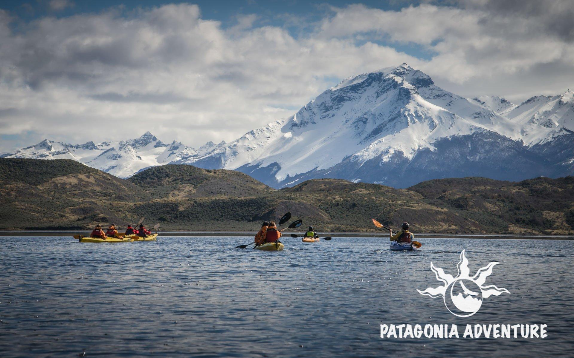 Kayak Fiordo Eberhard Patagonia Adventure